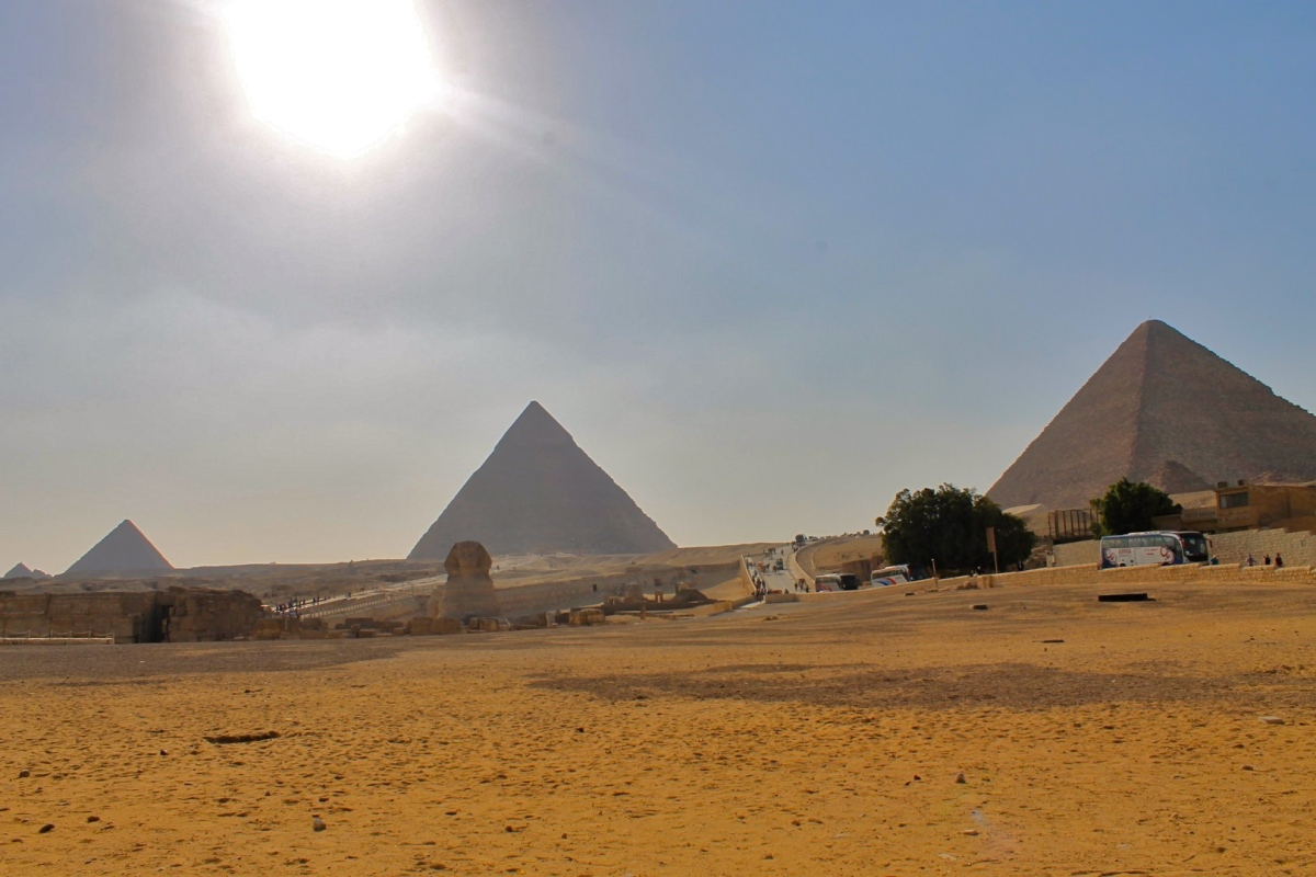 The Disappointment of the Pyramids of Giza
