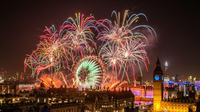 new-years-eve-in-london-2016-2017_london-new-years-eve-fireworks-2015-visitlondoncomstewart-marsden_781c991ed82f542a50498c00aecac4e8